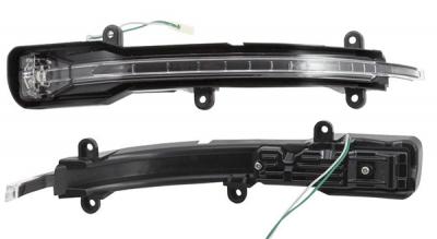 Бічний покажчик повороту Audi Q7 2009-2014
