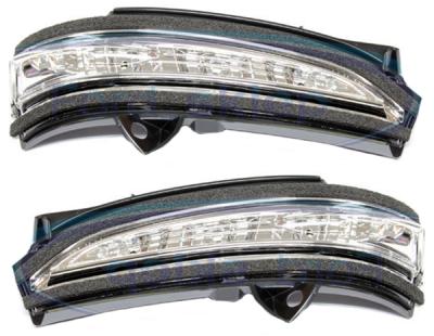 Боковой указатель поворота Ford Mondeo 2015+